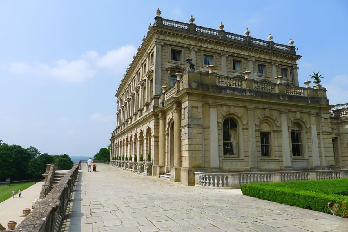 Henry Pinder CV Cliveden House South Terrace